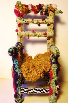 International Freeform Artist: Elyse Feldman I want chairs like this.  And layered felted upcycled wool cushions.