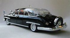 """Dwight D. Eisenhower's Bubbletop' 1950 Lincoln Presidential Limousine. Eisenhower, an automotive afficionado, made the executive decision to create the """"bubble top. Vintage Cars, Antique Cars, Mercury Cars, Lincoln Continental, Sweet Cars, Us Cars, Diecast Model Cars, Ford Motor Company, Luxury Cars"""