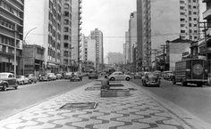 Rua Amaral Gurgel, antes da construção do elevado, em 1966