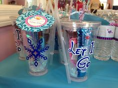 FROZEN tumbler party favors with vinyl letters and snowflake