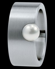 Xen Stainless Steel and Pearl Ring |