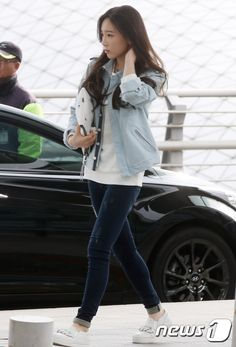 SNSD Taeyeon Airport Fashion 150328 2015