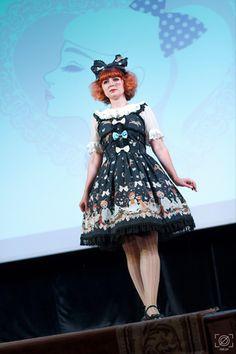 Model: Anna, Photographer: Frame Zero Fashion Labels, Lolita Fashion, Ponytail, Pretty Girls, Harajuku, Fashion Show, Goth, Boutique, Fairytale