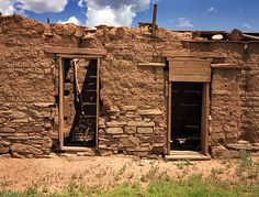 There are lots of abandoned adobe and adobe-filled homes in New Mexico ...