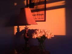 f you haven't yet ventured into the orangeland in your mid-century decor, today we are sharing with you six amazing ways you can use orange in your home. Orange Aesthetic, Aesthetic Colors, Aesthetic Photo, Aesthetic Pictures, Aesthetic Pastel, Mid Century Decor, Jolie Photo, Light Orange, Orange Pink