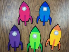 Flannel Friday: Four Little Rockets! This is a nice site to look at for songs and rhymes