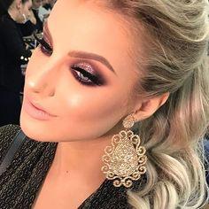 Bom Dia!!!! The Makeup Class HM Técnicas 2017 - Colorful #heldermarucci #makeup #abhglow #anastasiabeverlyhills
