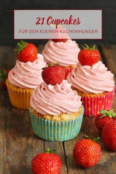 Kleine Küchlein ganz groß! 21 raffinierte Cupcake-Ideen - #lækkermad - Fruchtig, schokoladig oder ganz originell mit Snickers und Cola? Hier werden deine Cupcake-Träume wahr - mit sage und schreibe 21 köstlichen Ideen.... Nacho Dip, Béarnaise Sauce, Cupcakes, Desserts, Party Meatballs, Yogurt Dip Recipe, Stuffed Pretzels, Cupcake Ideas, Small Cake