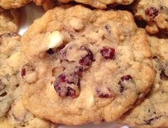 The Perfect Christmas Cookie – Oats, Cranberries & White Chocolate (Oh My!) | The Meal Planning Mom Blog