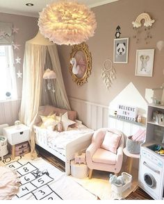"368 Likes, 4 Comments - Lynda Correa (@storybook_bliss) on Instagram: ""Beautiful Swan room! By @sukkerdrom #kids #kidsstyle #kidsfashion #kidsdecor #interiordesign…"""