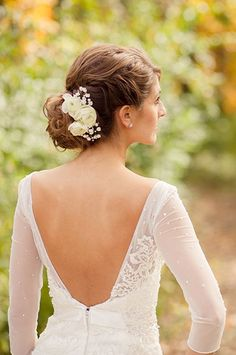 Gorgeous wedding updos that look great on everyone