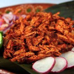 Pollo en Salsa Pibil Fácil Mexican Salsa Recipes, Mexican Chicken Recipes, Mexican Cooking, Mexican Dishes, Pork Recipes, Mexican Easy, Mexican Style, Easy Recipes, Mexican Food Recipes
