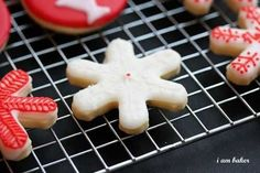 Christmas Cookies {Cookie Recipe} ~ http://iambaker.net
