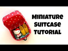 Miniature doll suitcase tutorial - that open and close by 2 Cats & 1 Doll       Pattern is available here: https://www.pinterest.com/pin/254101603952848822/