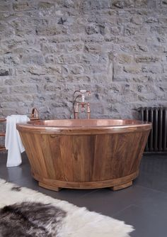 The Dory - a true centre piece! Our copper tub clad in Teak or Fruit Wood. Cheap Bathroom Faucets, Bathroom Faucets, Bathtub Design, Beautiful Bathrooms, Bathroom Design Decor, Spa Like Bathroom, Us Real Estate, Selling House, Bathroom Design Inspiration