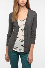 Urban Outfitters - BDG Classic Cardigan