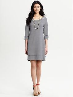 Mini-striped weekend dress at Banana Republic New Fashion, Fashion Beauty, Fashion Outfits, Comfy Dresses, Cute Dresses, Weekend Dresses, Work Chic, Office Looks, Modern Outfits