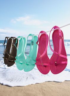 I just entered the Crocs Shoes Around the Clock Sweepstakes! You can too: www.marthastewart.com/crocs