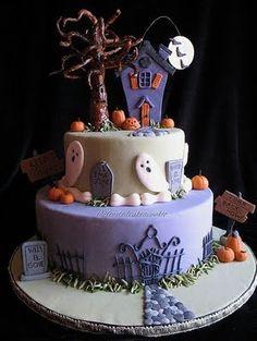 cute halloween cake.