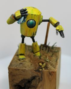 Scale model robot, Willi Waller, by Raphael Banguet. 1:48 scale. Pinned by #relicmodels