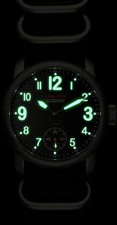 Lum-Tec Super Combat B2 Luminouos Watch