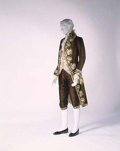 Gentlemen's Brown Silk Court Suit with Contrasting Waistcoat, French, 1774-1793.
