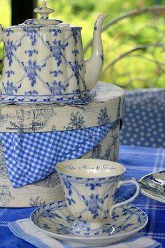 Blue and White China - via Warren Grove Garden