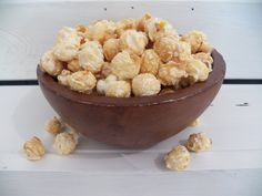 Our coconut milk caramel corn is dairy-free and gluten-free. It is light and crispy caramel corn made with organic coconut milk which is a real treat. Best Popcorn, Popcorn Bar, Gourmet Popcorn, Popcorn Store, Movie Theater Popcorn, Popcorn Company, Dairy Free, Gluten Free, Organic Coconut Milk