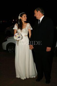 f03caf18d8 Agustina – L ARMIDE – Vestidos de Novia – Buenos Aires – Argentina