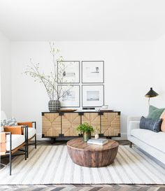 This masculine living room design by Brian Paquette for Decorist gets recreated for less by copycatchic luxe living for less budget home decor and design Coastal Living Rooms, Living Room Interior, Home Living Room, Living Room Designs, Living Room Decor, Decor Room, Living Spaces, Wall Decor, Lounge Design