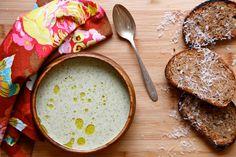 Raw Creamy Cashew Broccoli Soup