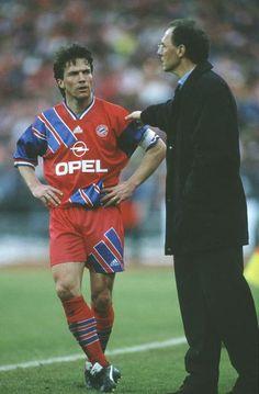 Lothar Matthaus Franz Beckembauer en el Bayern de Munich en 26 de Febrero de 1994.
