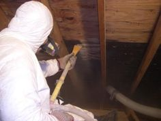 GeoFocus Certified Mold Remediation technicians dry ice blasting mold from attic sheathing.  GeoFocus serves the greater Toronto, Ottawa and all surrounding areas in Ontario with dry ice blasting and attic mold removal services.