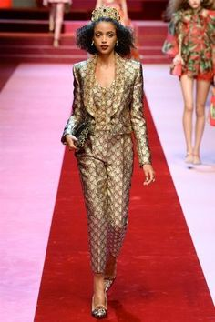 Dolce & Gabbana Spring/Summer 2018 Ready-To-Wear