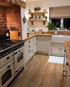 69 Fabulous Farmhouse kitchen design For Your Kitchen #kitchenfarmhouse #housedesign #kitchendesign > Fieltro.Net