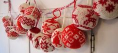 Ready in time for the Christmas Fair! Most of the Christmas ball patterns are from the book Julekuler by Arne & Carlos, Norwegian knitwear . Norwegian Christmas, Noel Christmas, Scandinavian Christmas, Christmas Balls, Christmas Projects, Winter Christmas, Handmade Christmas, Scandinavian Style, Knitted Christmas Decorations
