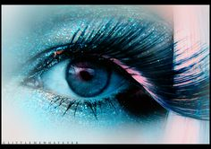 Stunning Eye Candy photos) - My Modern Metropolis Eyelashes How To Apply, Fake Lashes, Longer Eyelashes, Long Lashes, Beauty Makeup, Hair Makeup, Applying Eye Makeup, Evening Makeup, Look Into My Eyes