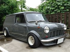 Simply click the link to get more information 8 passenger minivan. Click the link for more info. Check this website resource. Mini Cooper Classic, Classic Mini, Classic Hot Rod, Vans Classic, Minivan, Birmingham, Automobile, Vintage Porsche, Top Cars