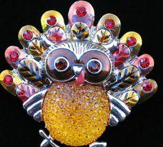 RESIN HOLIDAY FALL AUTUMN PUMPKIN CORNUCOPIA THANKSGIVING TURKEY BIRD PIN BROOCH #Unbranded