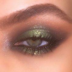 Makeup Eye Looks, Eye Makeup Art, Makeup For Brown Eyes, Cute Makeup, Makeup Inspo, Eyeshadow Makeup, Makeup Inspiration, Eyeshadow Palette, Clown Makeup