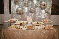 SPARKLES! Modern Palms Springs Wedding   photo by Joielala   design by Jesi Haack  100 Layer Cake