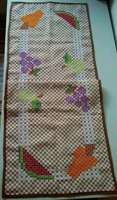Chicken Scratch Patterns, Chicken Scratch Embroidery, Girl Scout Swap, Girl Scout Leader, Girl Scouts, Cross Stitch Bookmarks, Cross Stitch Patterns, Bordado Tipo Chicken Scratch, Mini Album Tutorial