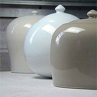 si-sook_kang - I have one of these - just beautiful korean ceramic.
