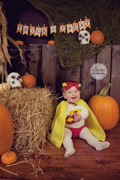 Super Everly! Halloween Mini Sessions •Elle Dee Photography• www.facebook.com/ElleDeePhotography