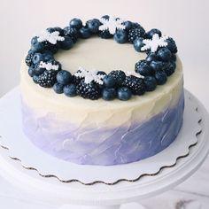 Десерты ручной работы foodbook.cake. Торты на любой вкус. В нашем ассортименте присутствуют торты, капкейки, кейкпопсы и многое другое.