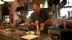 How to make a quick Bearnaise Sauce. Video by michael ruhlman.