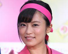 小島瑠璃子、小麦肌のグラビアオフショットに絶賛の声「どんどん色気が増してきてる」