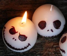 Add some spooky decor to your Halloween party with these handmade Jack Skellington candles. Inspired from the classic Nightmare Before Christmas movie - each set includes three festive paraffin wax candles with a variety of facial expressions to choose from.