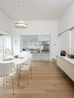 Contemporary Design that Blends the Modern Ideals of Energy Efficiency and Open plan Living