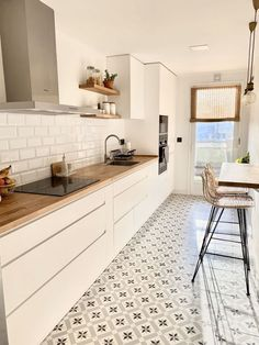 Kitchen Room Design, Modern Kitchen Design, Home Decor Kitchen, Interior Design Kitchen, New Kitchen, Home Kitchens, Kitchen Dining, Kitchen Ideas, Nordic Kitchen